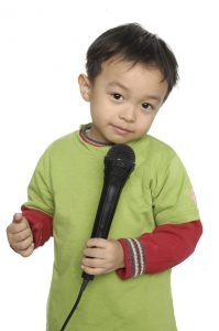 http://www.grategy.com Lisa Ryan grategy child with microphone
