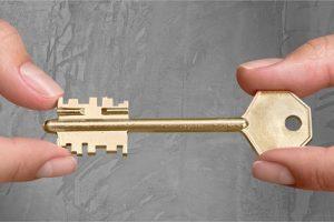 Lisa Ryan Grategy key